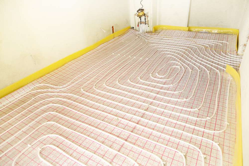 Chaudière électrique avec un plancher chauffant